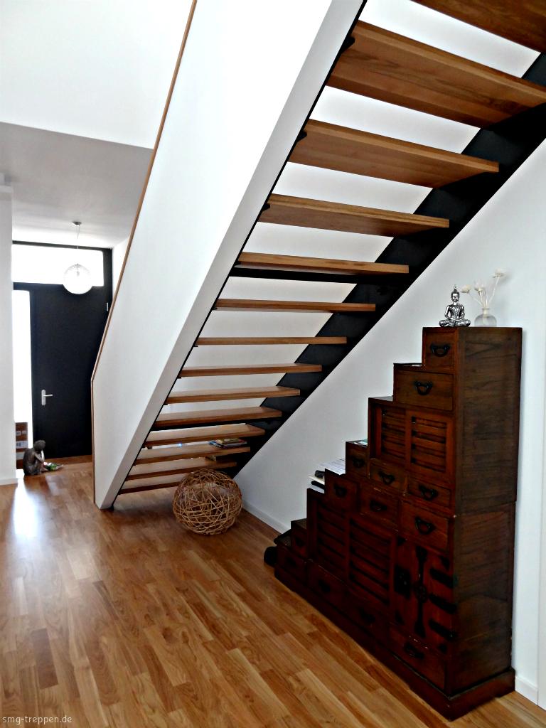 smg treppen wangentreppe wat 2900 smg treppen. Black Bedroom Furniture Sets. Home Design Ideas