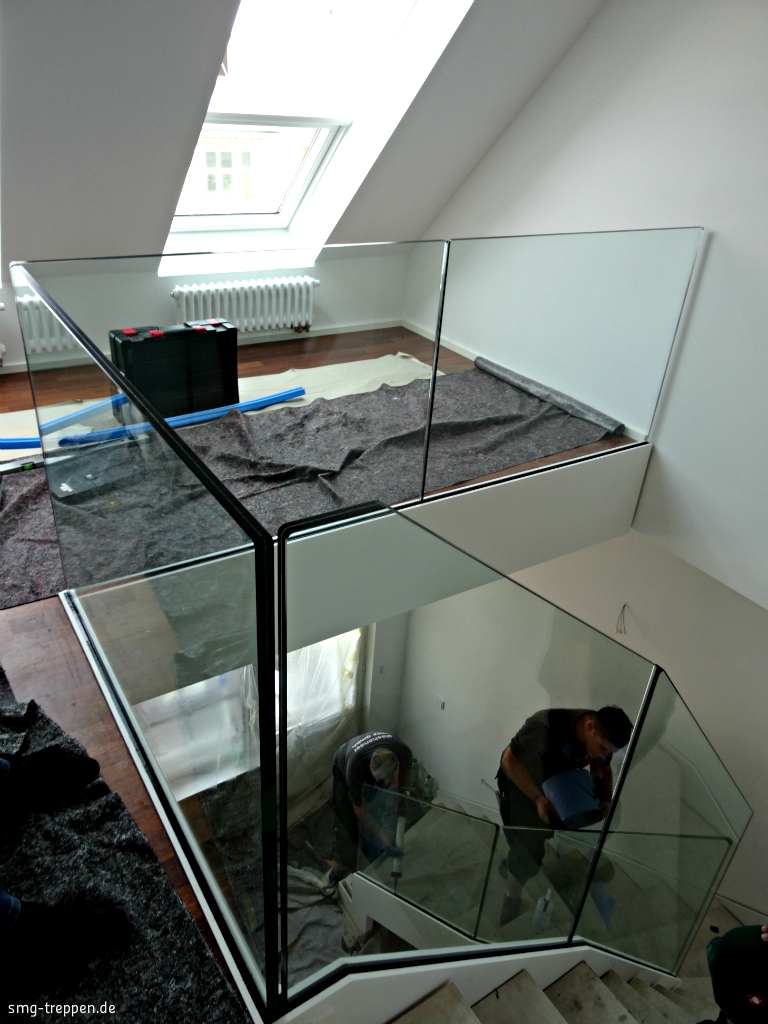 smg treppen glasgel nder smg treppen. Black Bedroom Furniture Sets. Home Design Ideas