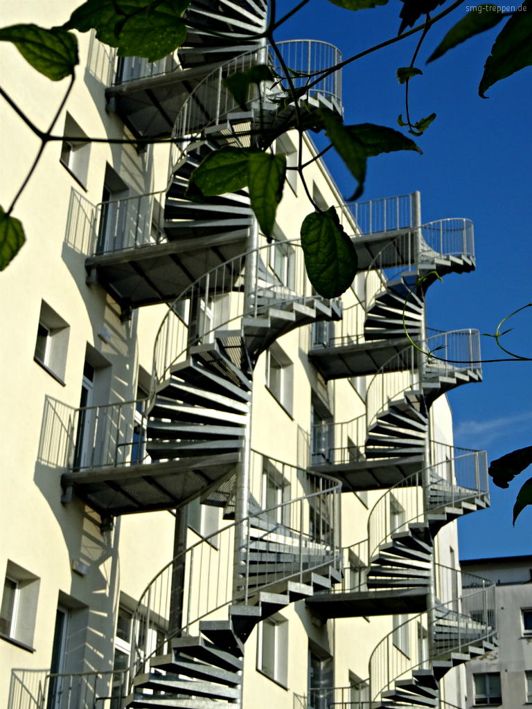 smg treppen viel treppe und wenig haus - smg treppen