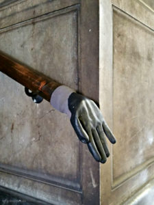 Handlauf ist für Hände da